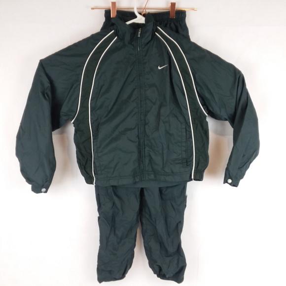 41fe8587d7ff Nike Track Suit Jacket Pants Small 4-6. M 5b9842e4819e9074e0878682